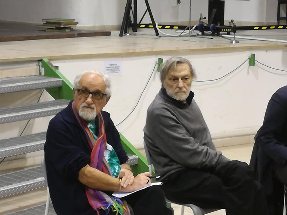 """Gino Strada a Napoli: """"Il vero nemico è la povertà"""""""