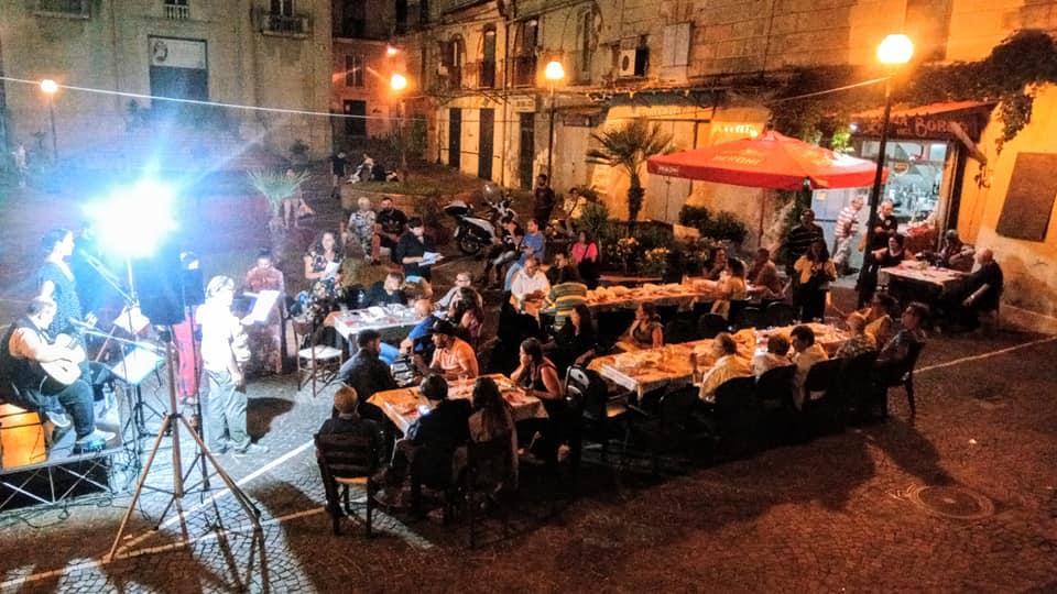Napoli, Piscinola: La Cantina del Borgo, aggregazione e buona cucina