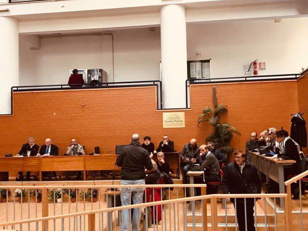 Cavalleggeri, ripetitori sui piloni funivia: contestati consiglieri Decima Municipalità