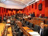 Napoli, de Magistris diserta il consiglio comunale sull'emergenza rifiuti