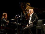 Festa Lilt al San Carlo, ovazione per Gino Paoli