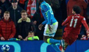 Gli errori condannano il Napoli, passa il Liverpool