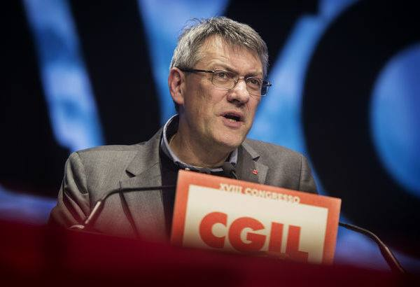 Reddito di Cittadinanza, la Cgil sospende il dipendente del Caf di Palermo