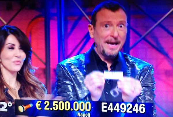 Lotteria Italia: 1° premio a Sala Consilina, 2° a Napoli e 3° a Pompei. Tris da 9 milioni