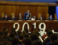 1500 studenti per ascoltare la storia del piccolo scienziato pugliese