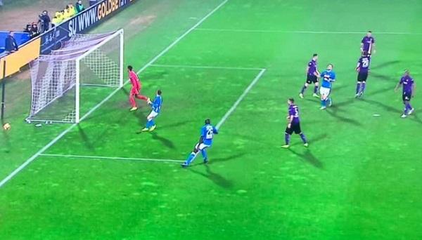 Il Napoli spreca troppo, a Firenze è 0-0