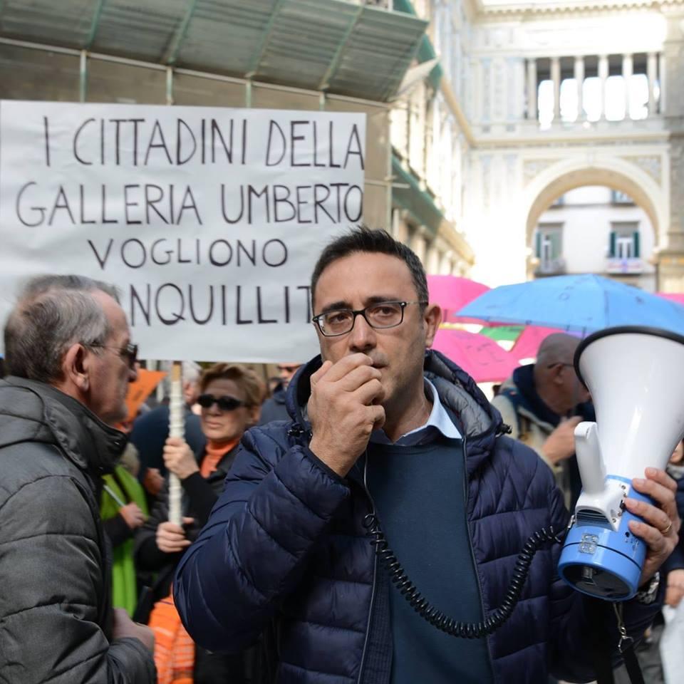 Napoli, i milioni che il Comune non incassa per l'occupazione del suolo pubblico