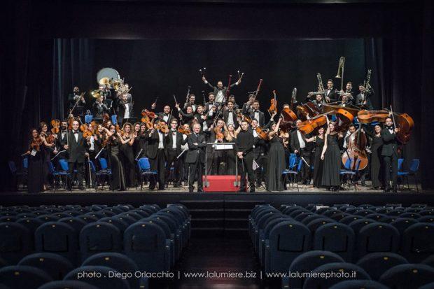 """L'orchestra sinfonica di Salerno presenta """"Eterna giovinezza"""""""