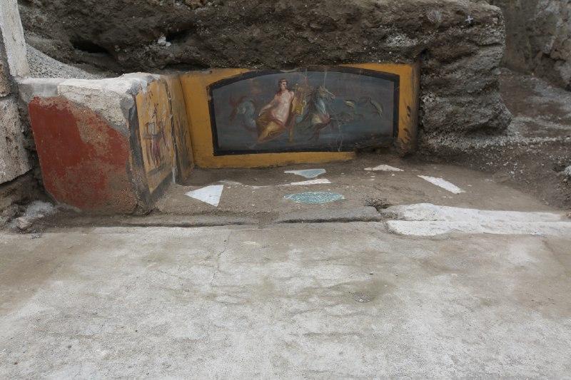 Pompei, dagli scavi affiora un nuovo Termopolio(le foto)