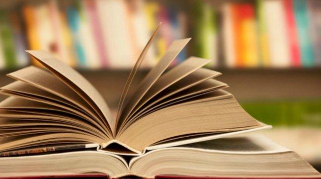Napoli, libri scuole elementari: Il Comune contro gli speculatori