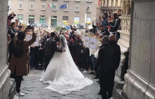 Napoli, matrimonio Tony Colombo in piazza Plebiscito:   Pm chiede l'archiviazione