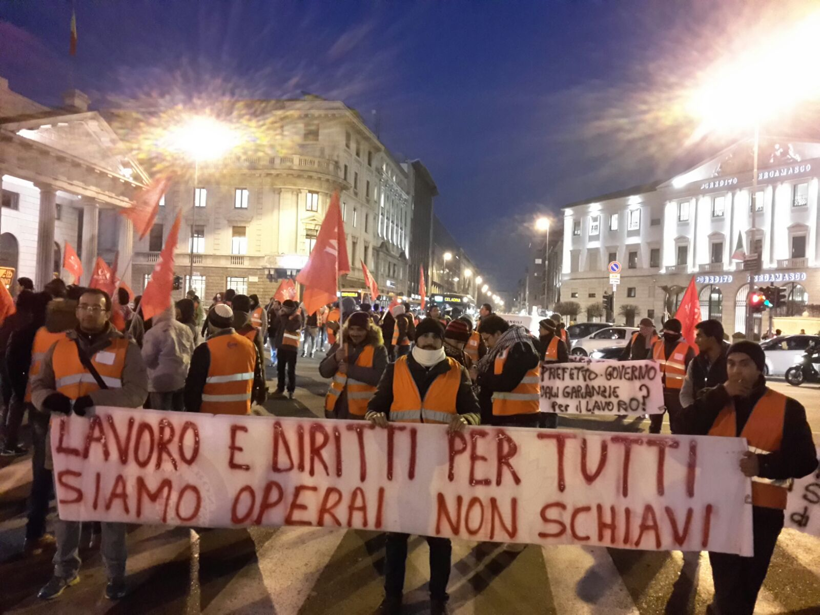 """Movimento 5 Stelle: """"E' l'ultimo primo maggio senza salario minimo, stop sfruttamento"""""""