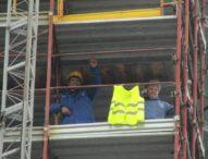 Vittoria operai saliti sul campanile, pronto decreto che modifica accesso al Reddito