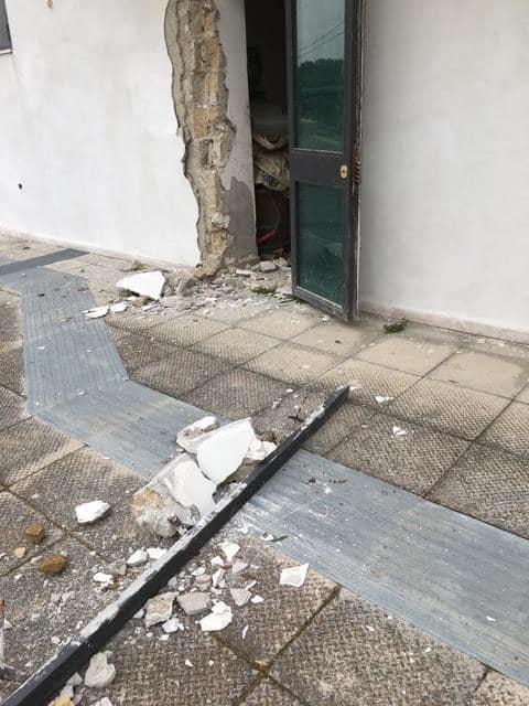 Napoli, Circumflegrea:  atto vandalico alla stazione Cuma