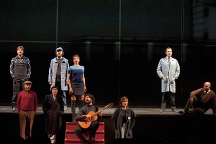 """Al Teatro Bellini """"La classe operaia va in paradiso"""""""