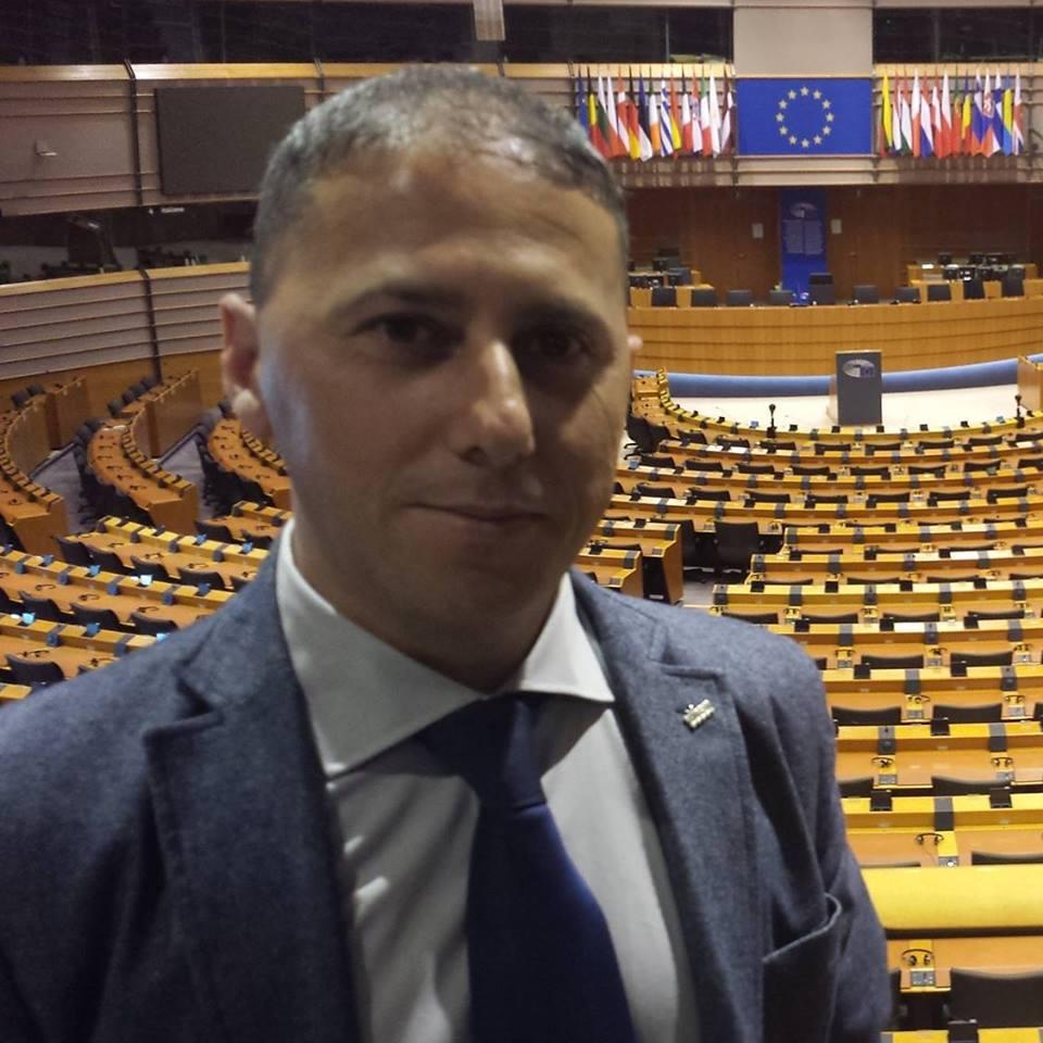 """Sergio Vaccaro(M5s): """"La sanità in Campania è un disastro, un pezzo del sistema affaristico"""""""