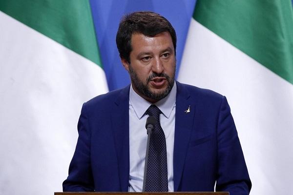 Napoli, annullato il comizio di Salvini