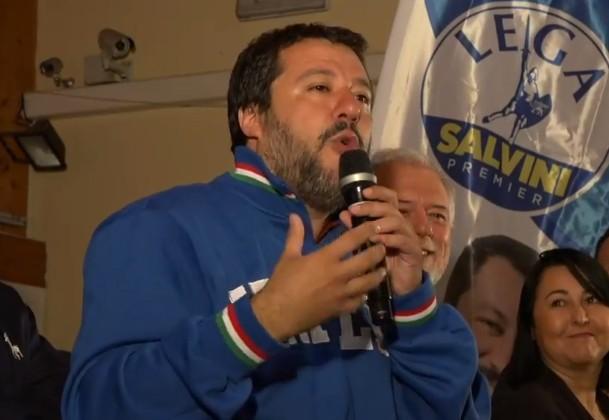 """La frase di Salvini che lascia di stucco: """"I camorristi si ammazzino tra loro"""""""