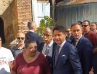 Napoli, la visita di Conte: incontri con gli studenti e gli operai, assemblea in periferia
