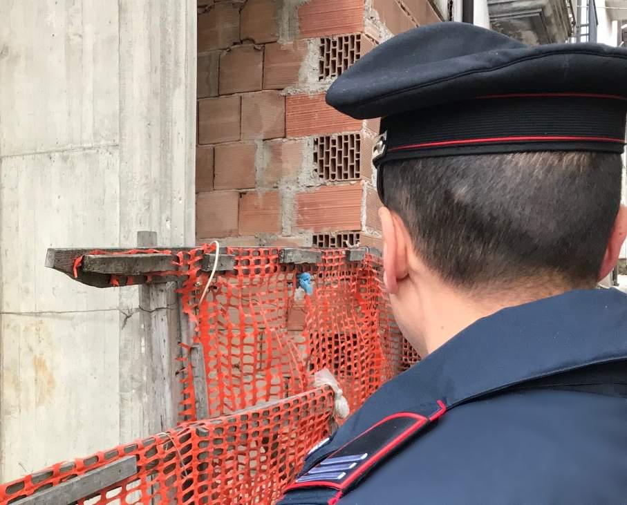 Altavilla Irpina e Montefalcione, blitz dei carabinieri contro il lavoro nero