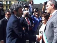 """Napoli, militanti M5s a Fico e Spadafora: """"Smentite subito accordo con De Magistris"""""""