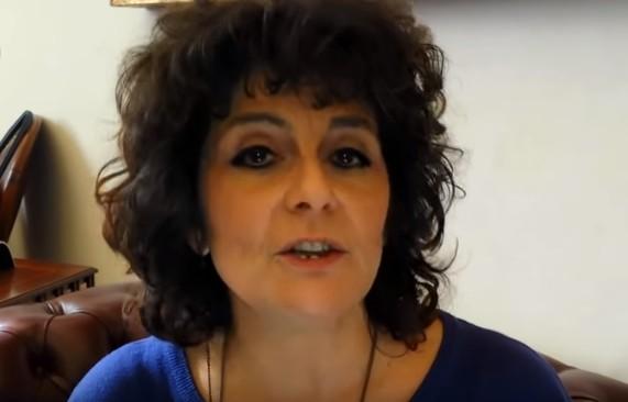 M5S, la senatrice Nugnes annuncia l'addio. Per lei (e i suoi 3 voti) futuro con DeMa?