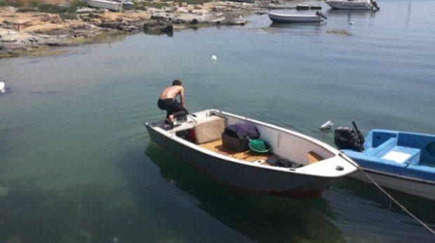 Pesca abusiva sotto costa nel salernitano