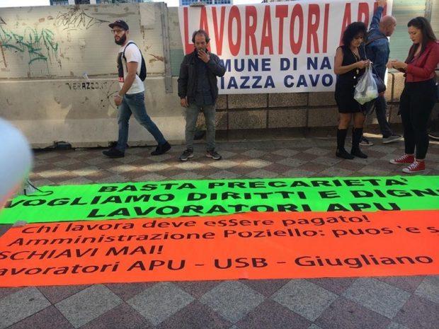 Napoli, lo 'sciopero a rovescio' degli ex lavoratori di pubblica utilità