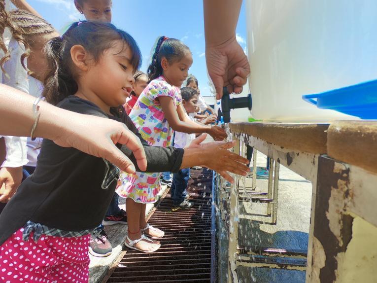 Venezuela, accordo governo socialista e Unicef per migliore accesso acqua potabile