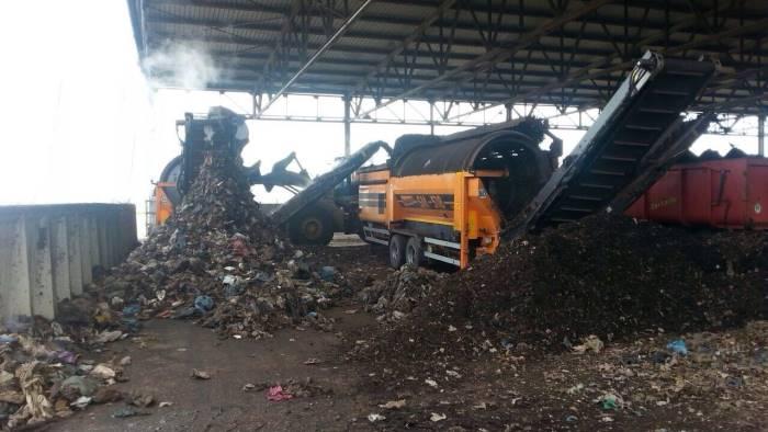 Napoli, De Magistris vuole costruire impianto di compostaggio a Ponticelli: pronta la protesta dei cittadini