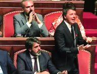 """Renzi chiede """"governo di responsabilità"""" Pd-M5S ma promette: """"Io resto fuori"""""""