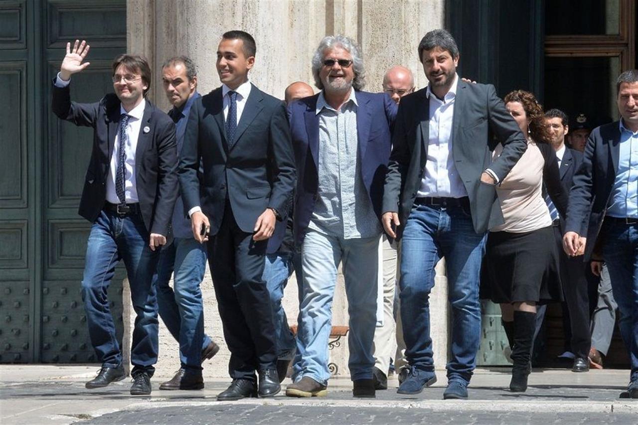 """M5s unito: """"Salvini è inaffidabile, ha pugnalato alle spalle il Paese"""""""