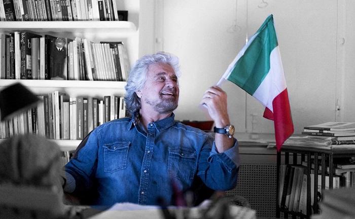 """Governo, Beppe Grillo: """"Ministri solo tecnici, stop poltronisti"""". Poi arriva la frenata"""