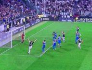 Assurdo autogol vanifica la clamorosa rimonta: Napoli, che beffa con la Juve!