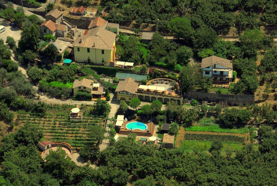 Turismo: boom di prenotazioni negli agriturismi salernitani. Sold out per ferragosto