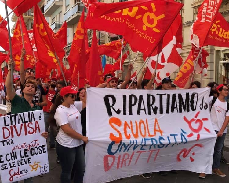 Università, la protesta degli studenti: stop al numero chiuso, è una guerra tra poveri