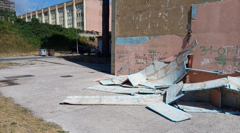 Napoli, degrado alloggi popolari di via Toscanella: il comune trascinato in tribunale