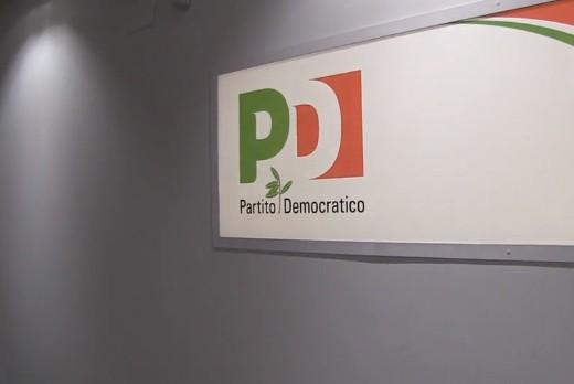 Il Pd abbraccia DemA: è desiderio di autodistruzione