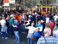 Napoli, Whirlpool: la lotta degli operai problema di ordine pubblico
