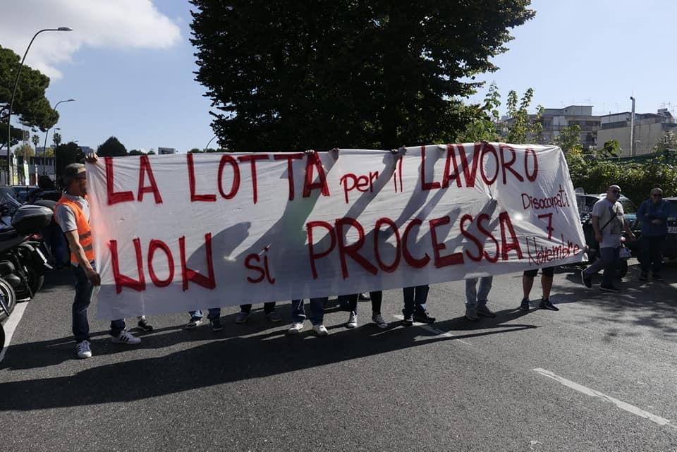 Napoli, la lotta per il lavoro non si processa. Altre multe ai disoccupati