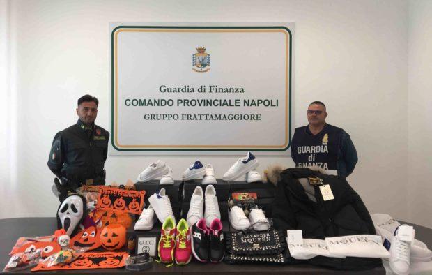 Blitz guardia di finanza, sequestrati 5 milioni di articoli falsi in Campania
