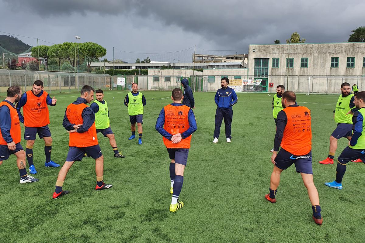 La Salerno Guiscards a caccia della vittoria contro l'Arechi Calcio