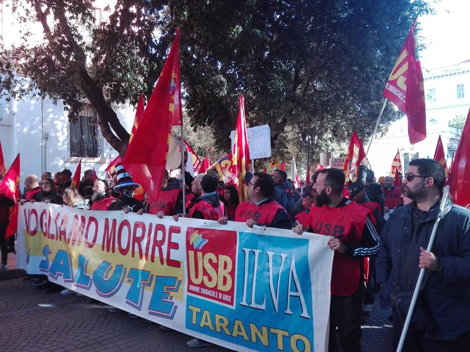 """Taranto, sciopero Usb: """"Liberare la città dai veleni per il diritto al lavoro e alla salute"""""""