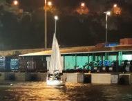 Barca a vela in balia delle onde: due persone salvate dalla Guardia Costiera