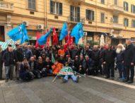 Campania, operai edili in piazza: aprite i cantieri