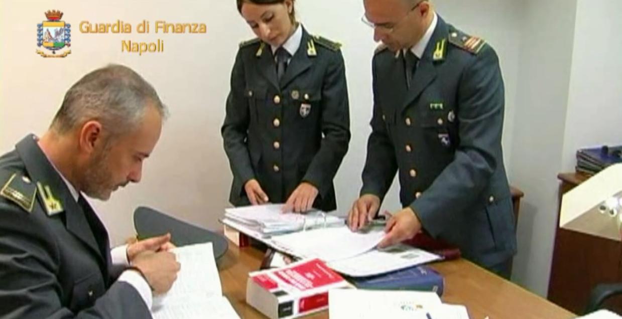 Napoli, operazione Guardia di Finanza: tre arresti per bancarotta fraudolenta