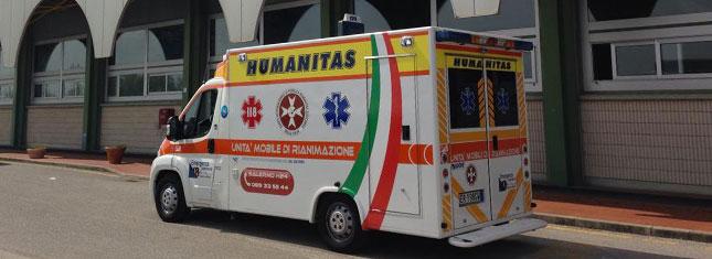 L'Humanitas dona un container di generi di prima necessità