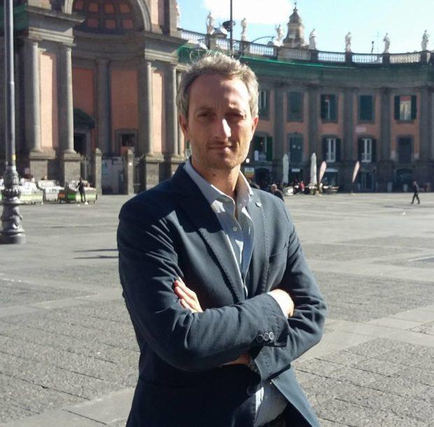 """Napoli, il """"concerto flop"""" di Piazza del Gesù subappaltato ad associazioni onlus"""