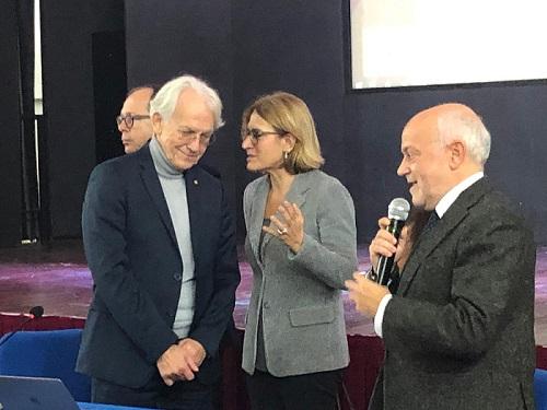 Napoli, a Scampia l'incontro del Nobel Mourou con gli studenti