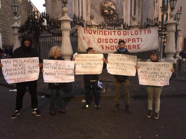 """Napoli, i disoccupati: """"Il boom turistico riempie le tasche di pochi"""""""